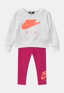 Nike Sportswear - AIR SET - Sweater - fireberry