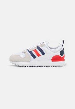 adidas Originals - ZX UNISEX - Sneaker low - footwear white/dark blue/red