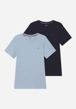 Tommy Hilfiger - 2 PACK  - T-shirt basic - desert sky/luminous blue