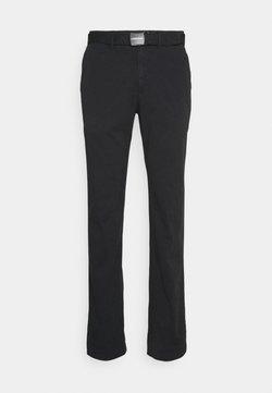 Calvin Klein - SLIM FIT GARMENT DYE BELT - Chino - black