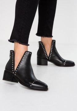Steve Madden - CONSPIRE - Ankle boot - black