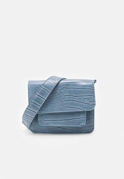 HVISK - CAYMAN POCKET - Skuldertasker - dusty blue