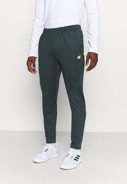 4F - Men's training pants - Jogginghose - green