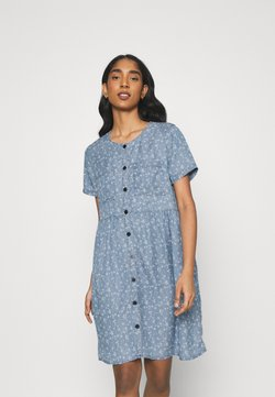 Vila - VIFLIKKA DRESS - Freizeitkleid - medium blue denim