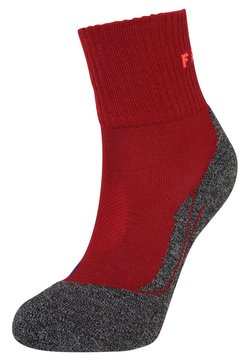 FALKE - TK2 SHORT COOL  - Sportsocken - ruby