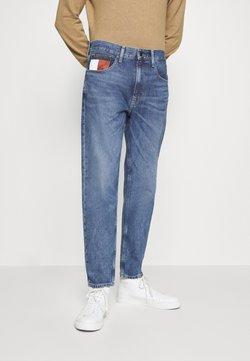 Tommy Jeans - REY RELAXED TAPERED - Jean boyfriend - blue denim