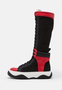 N°21 - BOOTS - Schnürstiefel - black/red