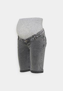 MAMALICIOUS - MLTOWN SLIM BERMUDA - Szorty jeansowe - light grey denim/wash