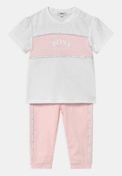 BOSS Kidswear - SET - Camiseta estampada - white/pink