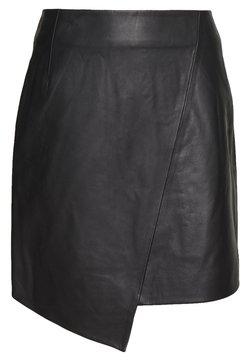 Selected Femme - SLFGLOBAL SKIRT - Leather skirt - black