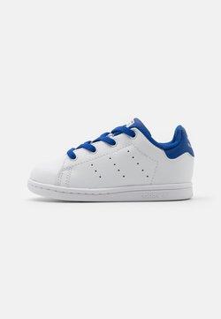 adidas Originals - STAN SMITH UNISEX - Baskets basses - footwear white/royalblue