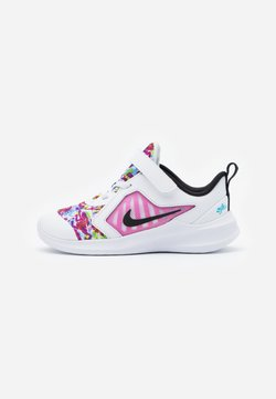 Nike Performance - DOWNSHIFTER 10 FABLE  - Hardloopschoenen neutraal - white/black/fire pink/blue fury