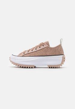 Converse - RUN STAR HIKE - Sneakers laag - salt pink/black/white
