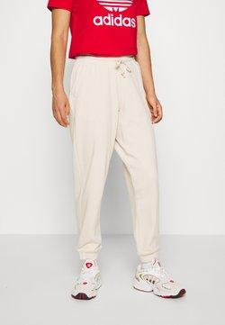 adidas Originals - REGULAR JOGGER - Jogginghose - linen