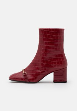 Högl - Classic ankle boots - cherry
