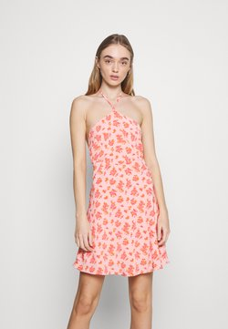 Fashion Union - MAMBO DRESS - Freizeitkleid - pink posey