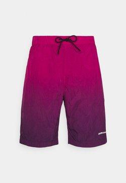 Calvin Klein Jeans - DIP DYE - Shorts - purple