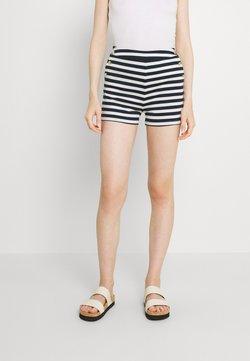 Vila - VITINNY BUTTON - Shorts - snow white/navy blazer