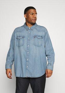 Levi's® Plus - BIG BARSTOW WESTERN - Overhemd - light-blue denim