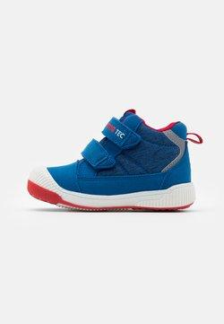 Reima - REIMATEC SHOES PASSO UNISEX - Chaussures de marche - marine blue