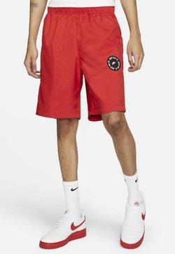Nike Sportswear - Shorts - university red