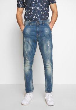 Burton Menswear London - CARROT SPLATTER - Slim fit jeans - blue