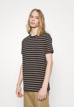Matinique - JERMANE - T-Shirt print - khaki