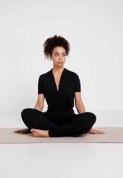 Curare Yogawear - JUMPSUIT - Turnanzug - black
