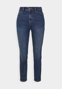 Pieces Petite - PCKESIA MOM - Jeans fuselé - dark blue denim