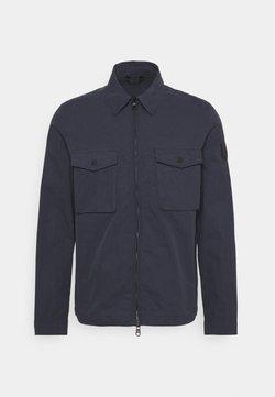 Calvin Klein Tailored - LIGHT SHIRT JACKET - Kevyt takki - navy