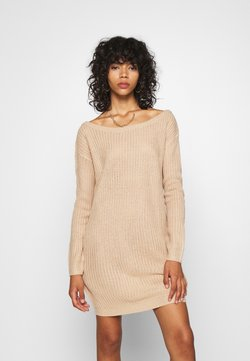 Missguided - AYVAN OFF SHOULDER JUMPER DRESS - Vestido de punto - sand
