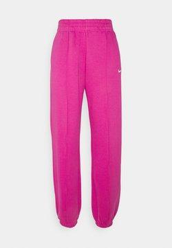 Nike Sportswear - PANT TREND - Jogginghose - active fuchsia