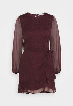 Abercrombie & Fitch - HIGH NECK WRAP DRESS - Vapaa-ajan mekko - burgundy