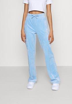 Juicy Couture - TINA TRACK  - Jogginghose - powder blue