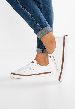 Tommy Hilfiger - ICONIC KESHA  - Sneakersy niskie - white