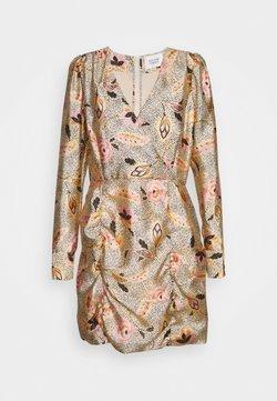 Second Female - ESKE MINI DRESS - Etuikleid - marzipan
