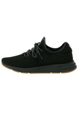 PULL&BEAR - URBANE SNEAKER MIT SEITLICHEN ELEMENTEN  - Sneaker low - black