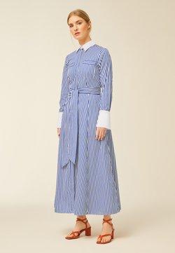 IVY & OAK - Vestido largo - stripe - illuminate blue