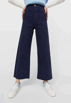 Stradivarius - Jeans a zampa - dark blue