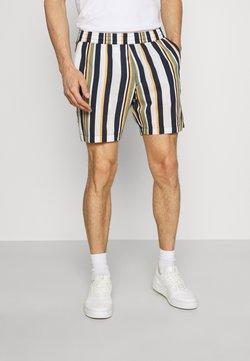 Selected Homme - SLHJOEL - Shorts - egret