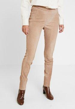 Cream - BEATRICECR - Pantalon en cuir - portabella