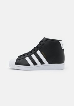 adidas Originals - SUPERSTAR SPORTS INSPIRED MID SHOES - Höga sneakers - core black/footwear white/gold metallic