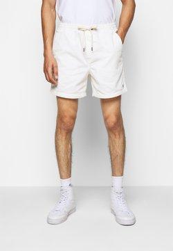 Polo Ralph Lauren - CLASSIC FIT PREPSTER SHORT - Short - warm white