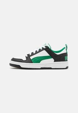 Puma - REBOUND LAYUP UNISEX - Sneakers laag - white/green/black