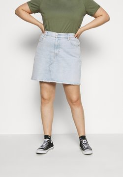 Levi's® Plus - DECONSTRUCTED SKIRT - Jeansrock - light-blue denim