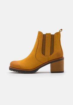 Marco Tozzi - Ankle Boot - saffron
