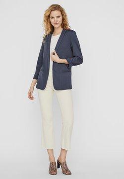 Vero Moda - Cappotto corto - ombre blue