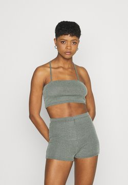 Missguided - TWO TONE CROSS BACK STRAP CYCLING SET - Shorts - mint