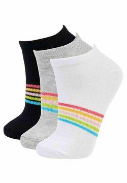 DeFacto - 3 Pack - Socken - karma