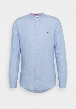 Tommy Jeans - MAO BLEND - Koszula - blue